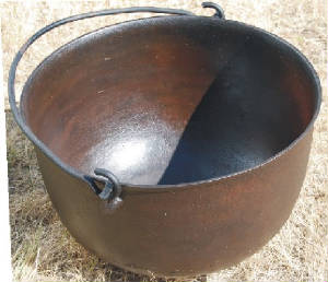 large_cast_iron_pot.jpg